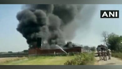 Photo of Fire breaks out at chemical factory in Meerut's Kharkhauda