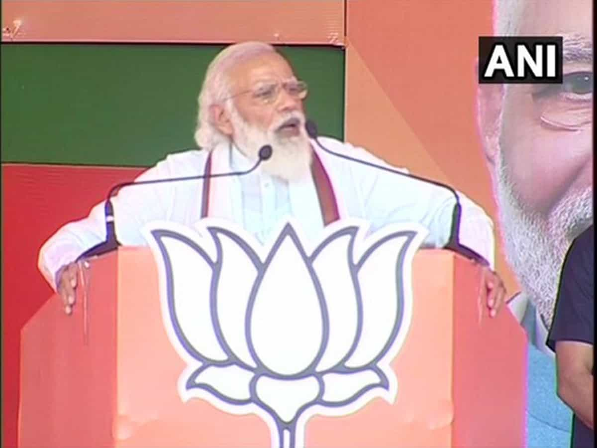Parties which closed down industries, now promising development: PM Modi