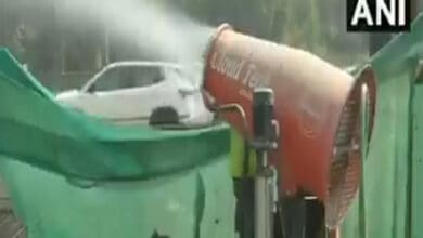 Photo of Delhi: Anti-smog guns deployed at large sites to control pollution