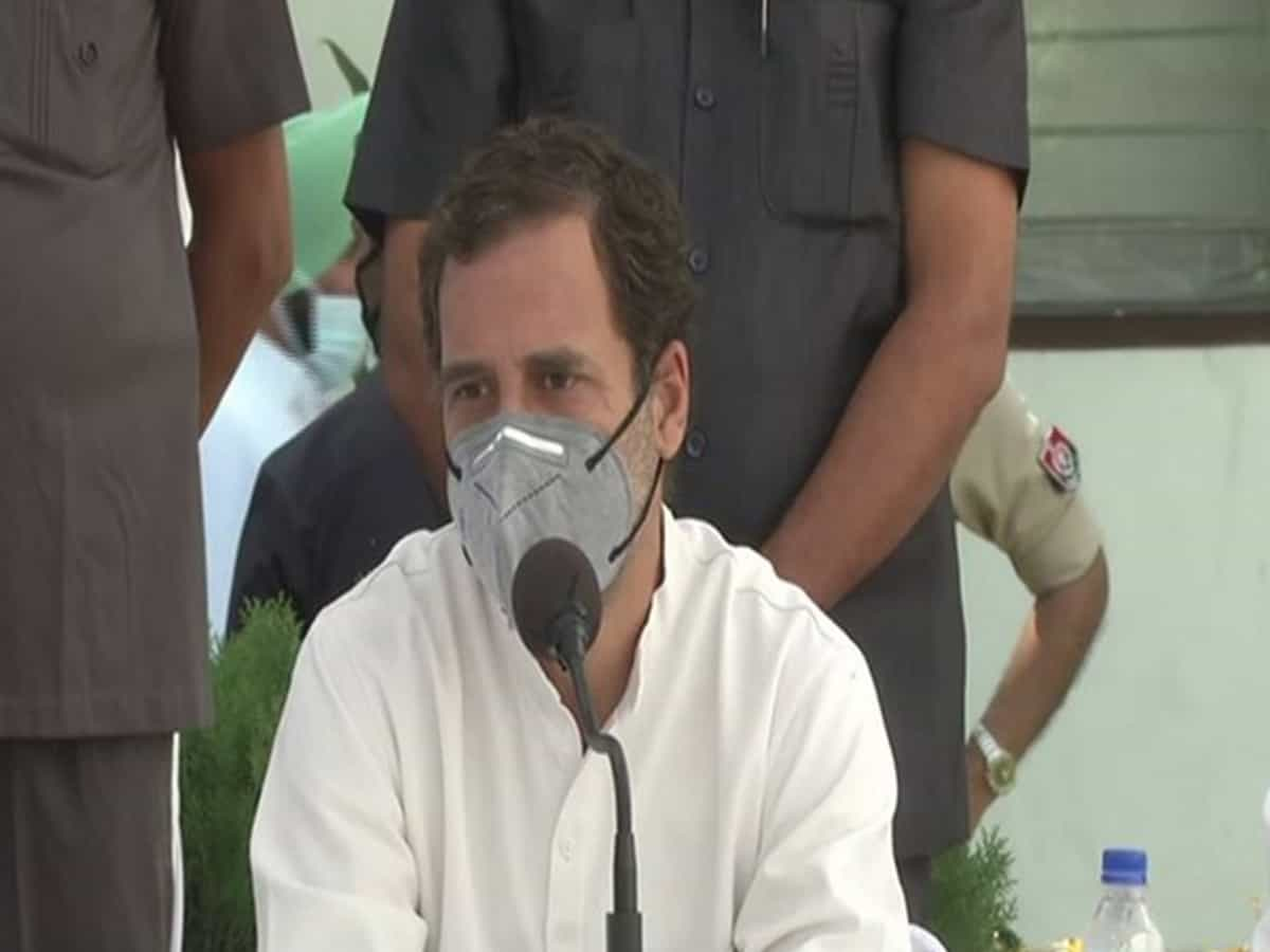 Rahul Gandhi pays tribute to Indira Gandhi on her 36th death anniversary