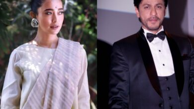 Photo of Sayani Gupta slams SRK for his Gandhi Jayanti post: Don't shut your eyes