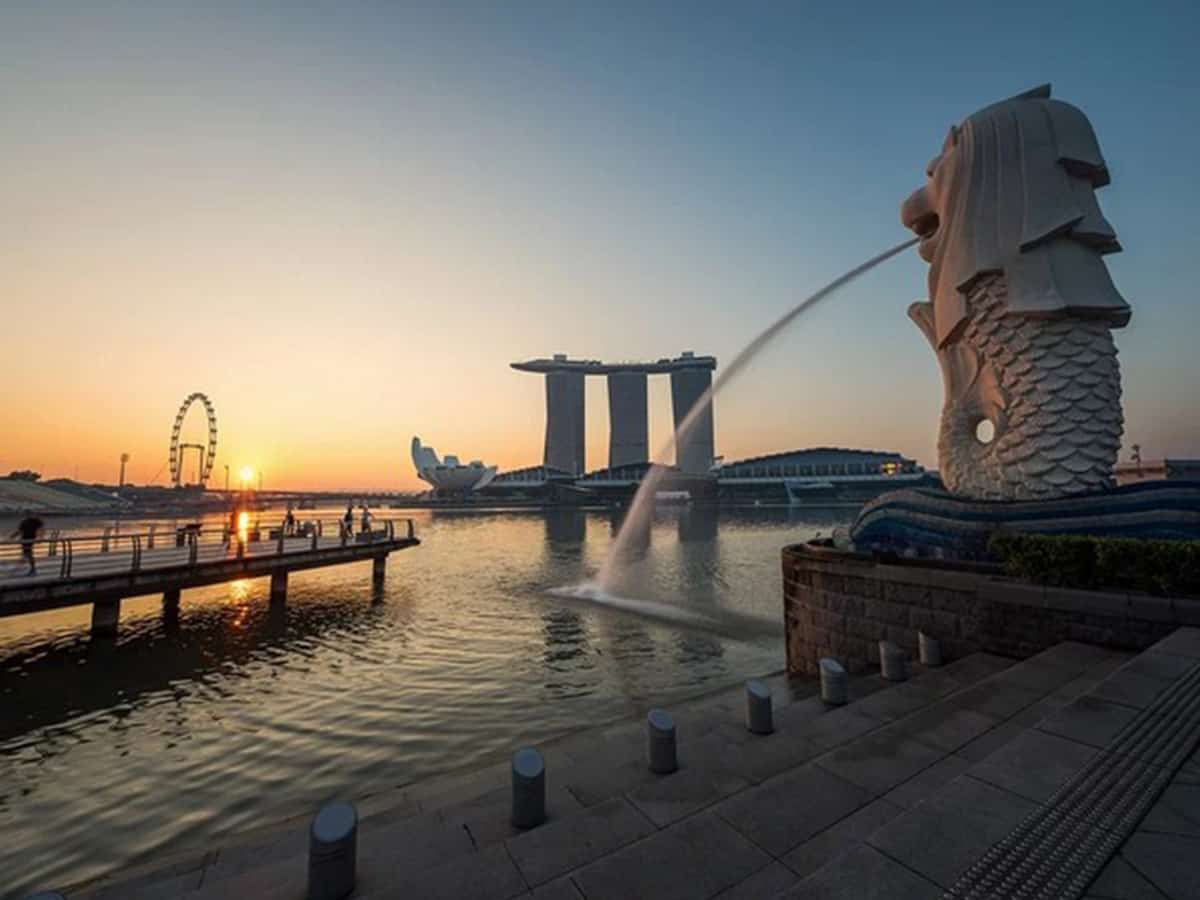 CNN mention's Singapore as 'not a country', later removes it