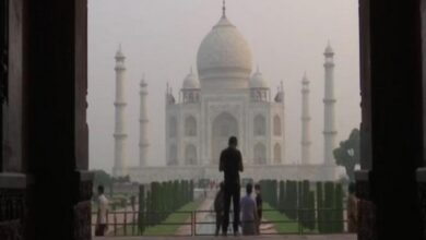 Photo of Few months after 'unlock', Taj Mahal covered in dust, poisonous gases