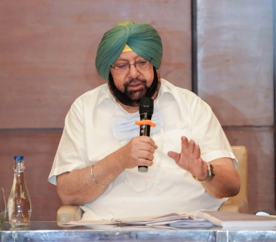Lost party's strong anchor: Amarinder on Patel's demise