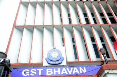 25K defaulting taxpayers to be persuaded to file GST returns by Nov 30