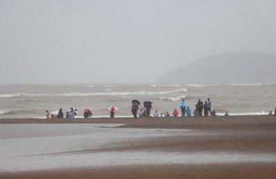 3 held, drugs worth Rs 35L seized at Goa beach village