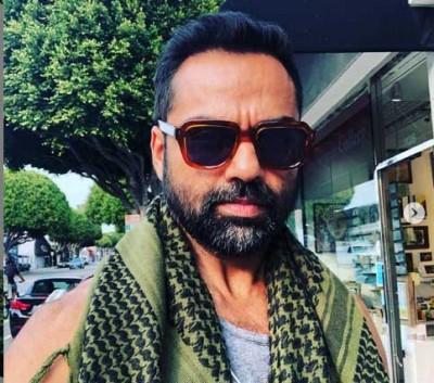 Abhay Deol shares what happens when he waits in vanity van for too long