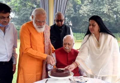 Advani turns 93, Modi calls him a 'living inspiration'