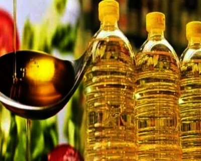 After potato & onion, edible oil burns hole in pockets
