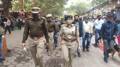 Amid Diwali rush, police examine security in busy Delhi markets