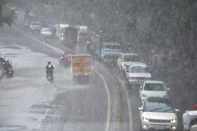 Chilly winds, rains in south Karnataka dampen festive spirit