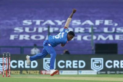 Clinical DC beat SRH by 17 runs, through to maiden IPL final