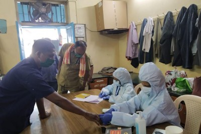Covid deaths, infections and active cases rise in Maha (Roundup)