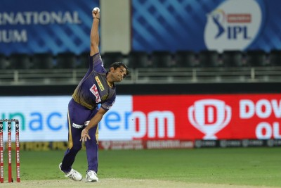 Cummins' 4-wicket haul gives KKR hope, RR drop out of race