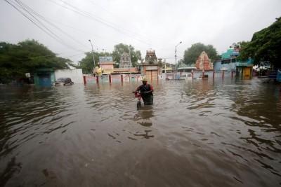 Cyclone Nivar crosses TN and Puducherry coast near Puducherry