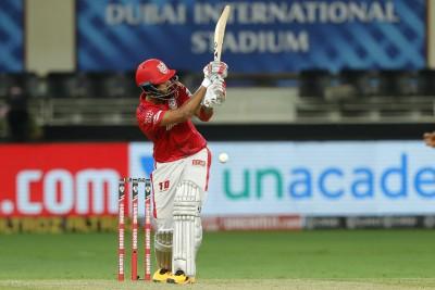 Deepak Hooda cracks 62 to take KXIP to 153/6