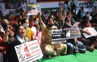 Delhi Congress, IYC, NSUI protest against atrocities on Dalits, women