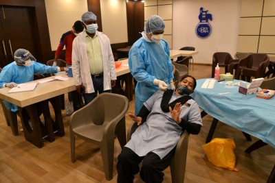 Delhi reports highest single-day spike of 7,830 Covid cases