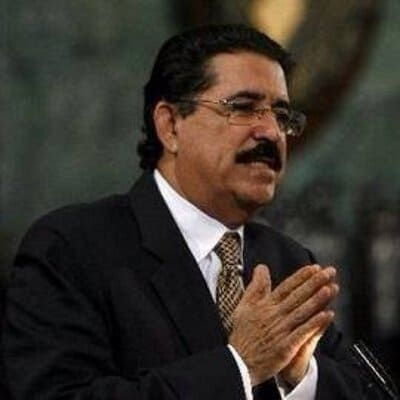 Ex-Honduran Prez stopped at airport over 'bag of cash'