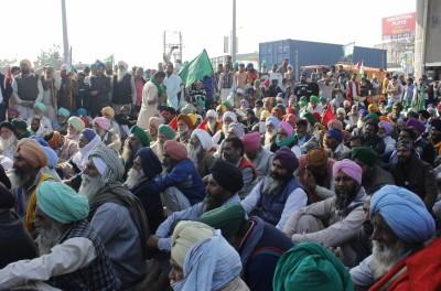 Farmers' stir chokes various points near Delhi-Haryana border
