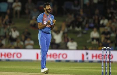 Frustrated Bumrah kicks 30-yard markers in 2nd ODI