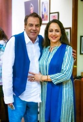 Hema Malini and Dharmendra are grandparents again