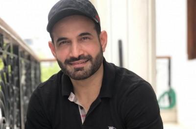 Irfan Pathan reaches Sri Lanka for LPL