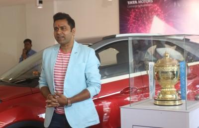 KKR should make Gill the captain: Aakash Chopra