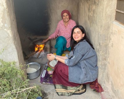 Kirti Kulhari enjoys winter in Rajasthan with Bajra roti lunch