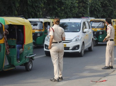 Mask violation cases drop in Delhi, only 111 challans on Sunday