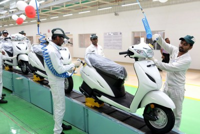 Mopeds log impressive volumes in Indian two-wheeler market