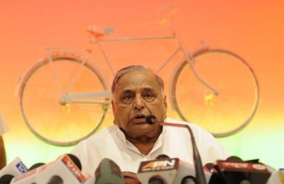 Mulayam turns 82, party celebrates on subdued note