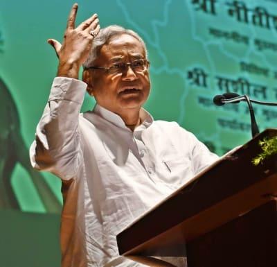 Nitish allocates portfolios, keeps home, gives Tarkishore finance