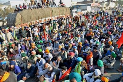 Police make arrangements at Burari ground, farmers inspect site