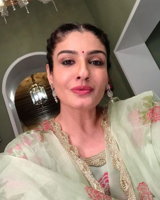 Raveena Tandon prepares for pre-Karwa Chauth party