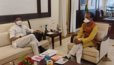 Scindia meets Shivraj, sparks speculation over cabinet expansion