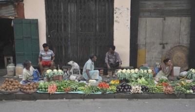 Seasonal bottlenecks: October retail inflation expected to remain elevated