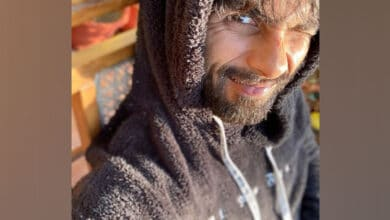 Photo of Shahid Kapoor channels weekend mood with sunkissed pictures