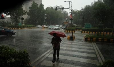 Slight improvement in air quality as Delhi-NCR receives light rain