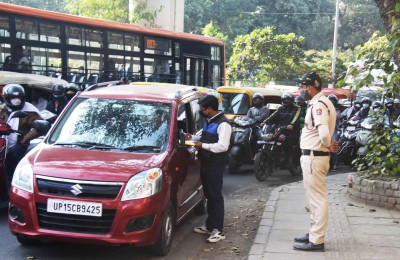 Spit in Delhi, attract a fine of Rs 2k