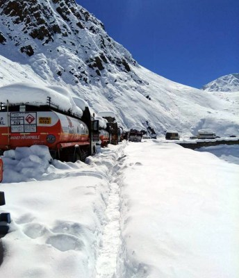 Tourists blamed for Corona spike in Lahaul Valley