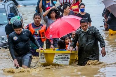 Typhoon Vamco triggers heavy flooding in Manila, provinces