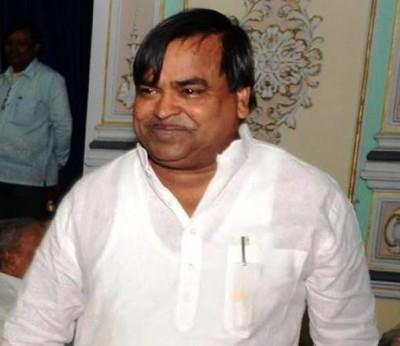 Vigilance registers FIR against ex-SP minister