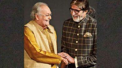 Photo of Amitabh Bachchan condoles 'iconic legend' Soumitra's demise