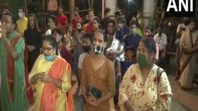 Photo of COVID-19: Mumbai's Bengal Club witnesses muted Kali Puja celebrations
