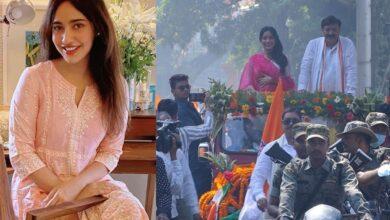 Photo of Neha Sharma celebrates dad Ajeet Sharma's win in Bihar elections