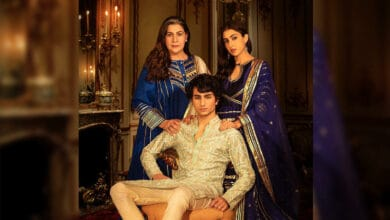Sara Ali Khan paints the town with royal family Diwali pictures