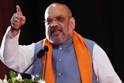 Shah holds grand roadshow in Bengal