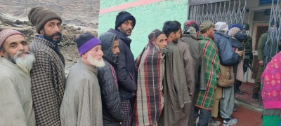 25.58% voting till 11 am in J&K's DDC Phase 3 polls