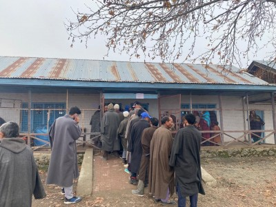 3rd phase of DDC polls registers 50.53% turnout in J&K (2nd Ld)